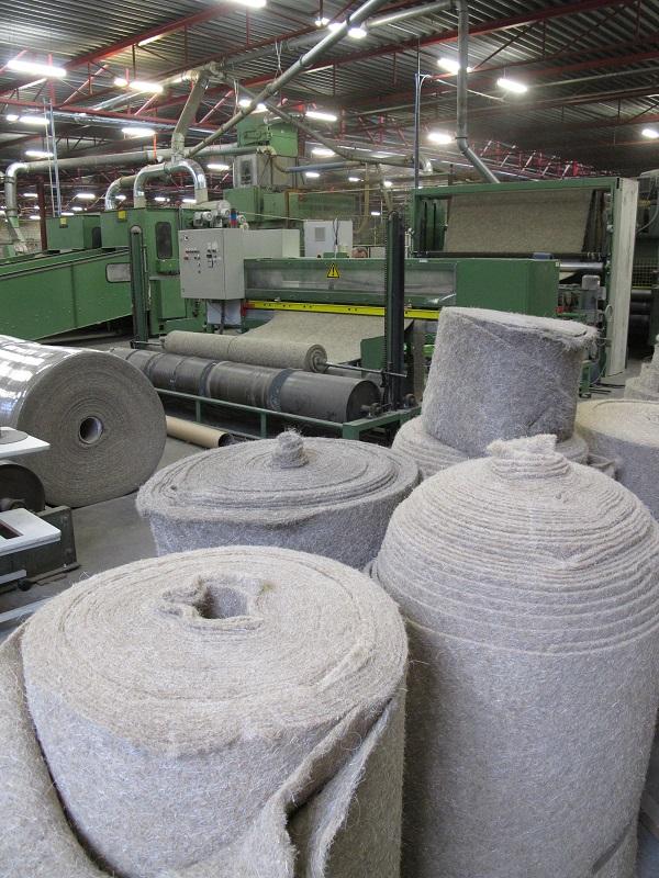 Hier gaat het om: hennepvezels in geweven matten