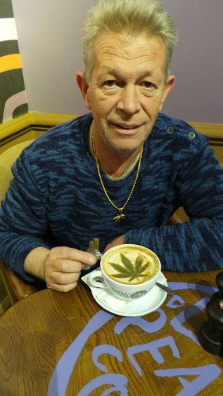 Coffeeshop-ondernemer Nol van Schaik pleit met hart en ziel voor het unieke Nederlandse fenomeen van coffeeshops