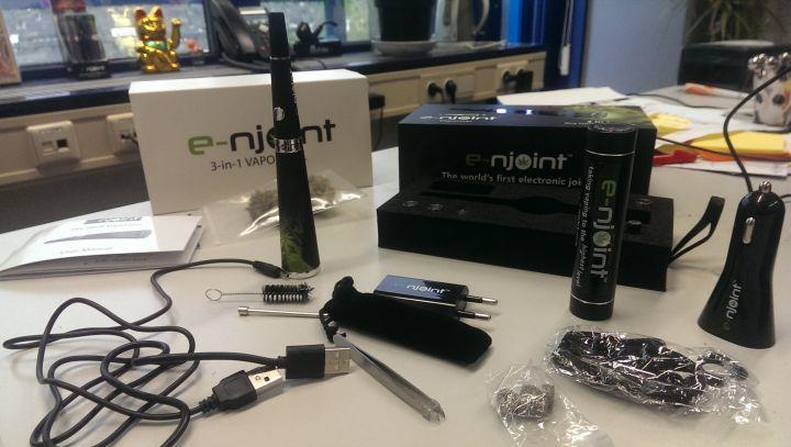 Een ongelooflijk compleet pakket deze E-njoint vaporizer...
