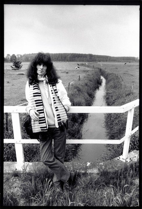 Armand in het Brabantse Nuenen in 1995 {foto: Derrick Bergman]