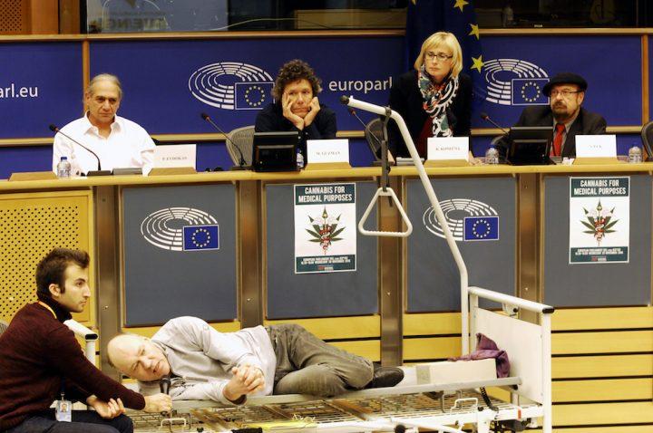eu_parliament_brussels_medical_cannabis_conference_30112016_photo_derrick_bergman_1012